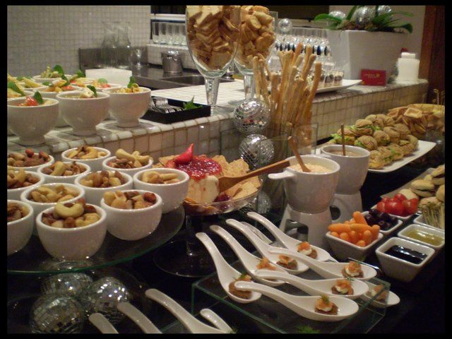 Canapés para festas: veja opções simples e sofisticadas