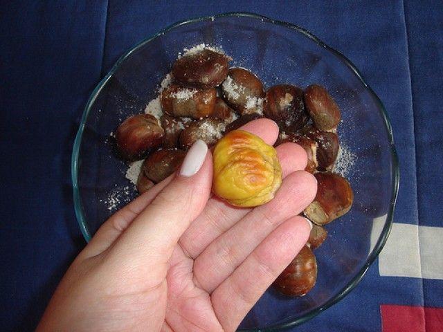 Como tirar cascas de castanha