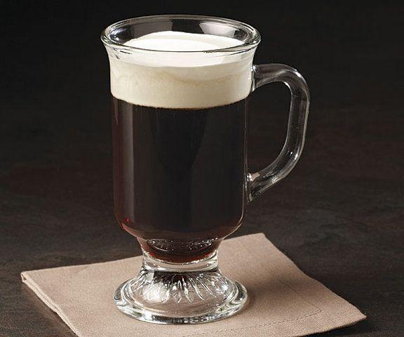 Café com creme chantilly caseiro