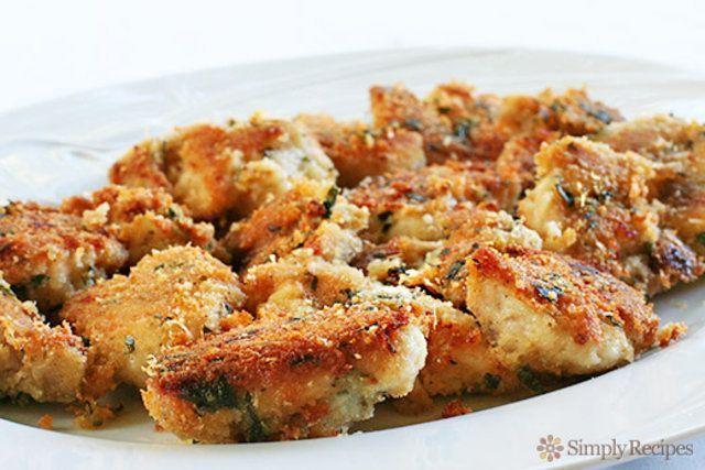Nuggets caseiro de frango com parmesão