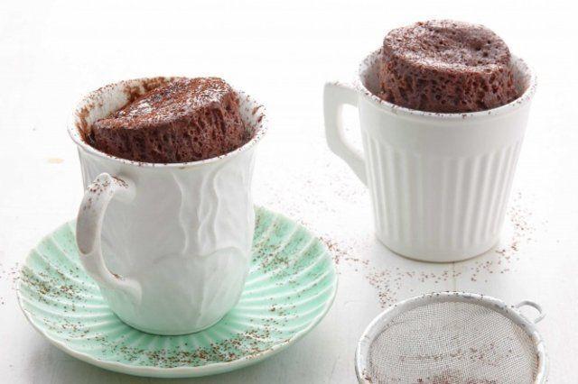 Bolo de caneca de chocolate de 5 minutos