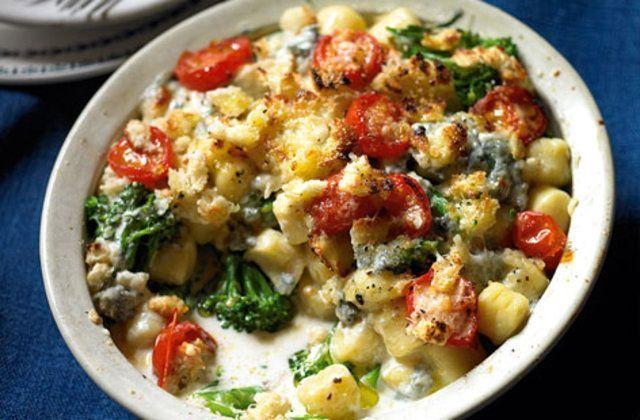 Nhoque com Gorgonzola e brócolis