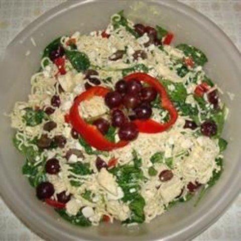 Ramen salada de macarrão e espinafre