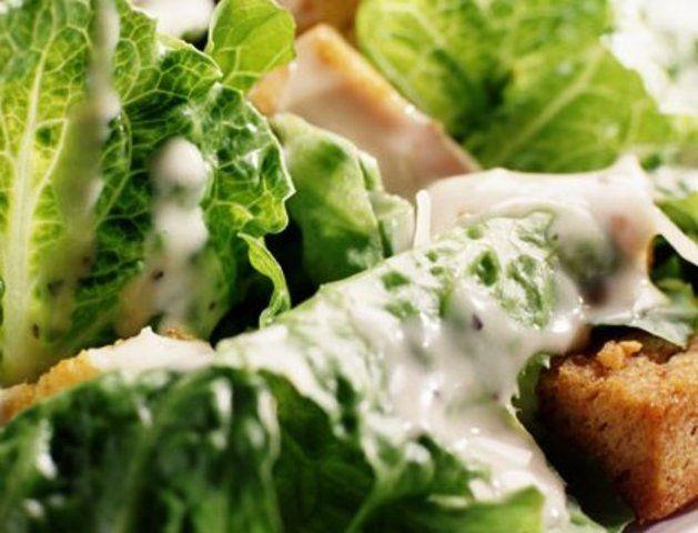 Molho de salada Ceasar simples