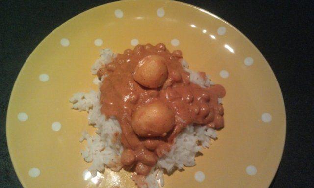 Grão de bico e batatas no molho