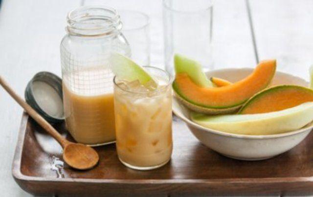 Suco de melão com gengibre