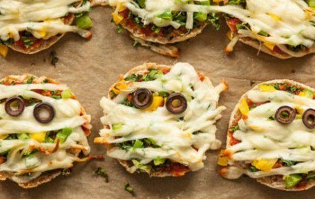 Pizza de couve e queijo