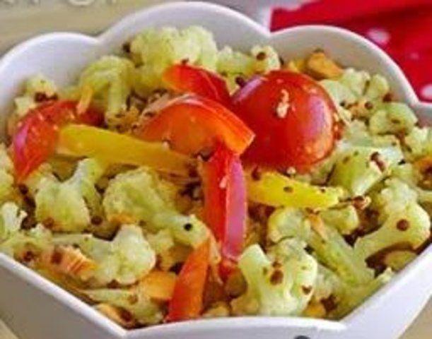 Salada de couve flor com salmão