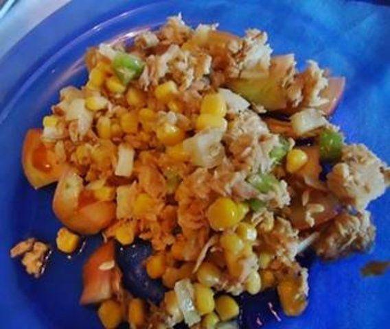 Salada de atum fresca