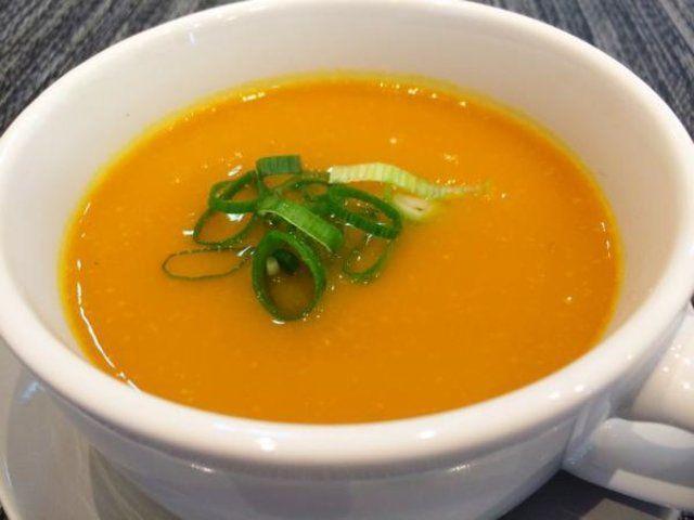 Sopa de verduras simples