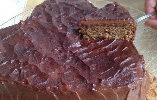 Torta de Biscoito Maisena e Nozes