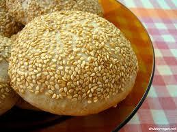 Pão de hambúrguer com gergelim