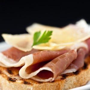 Bruschetta de Presunto de Parma e Grana Padano