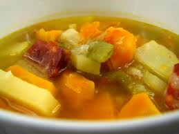 Sopa maravilhosa de batata e cenoura
