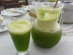 Suco de couve com limão
