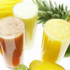 Suco de Frutas com hortelã