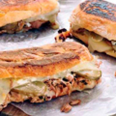 Sanduíche de Atum Derretido